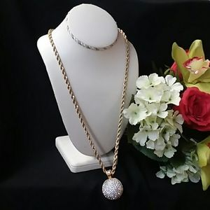 Sparkly Ball Necklace